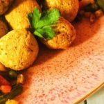 falafels on a plate